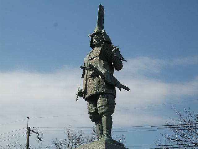 蒲生氏郷公像